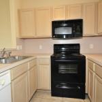 09 Kitchen 2